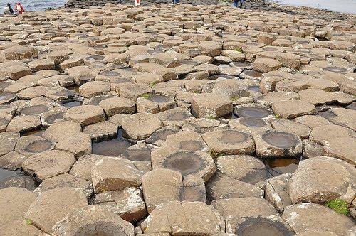 Como se formam as rochas e como ocorrem na natureza